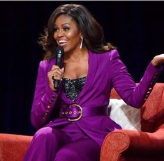 Former First Lady Michelle Obama has been announced as a headliner for the anniversary of Essence Fest of Culture in New Orleans. First Lady Church Suits, Church Suits And Hats, Women Church Suits, Michelle Obama Quotes, Barack And Michelle, French First Lady, Us First Lady, Meghan Markle, Barack Obama