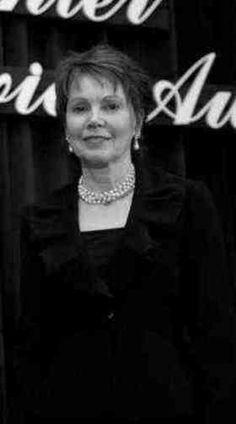 Julie Nixon Eisenhower quotes #openquotes