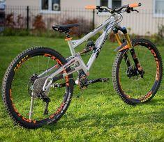 Bmx Bicycle, Bike Stuff, Bike Design, Coordinating Colors, Mountain Biking, Porsche, Base, Homemade, Sport