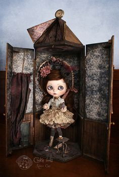 In the Alice Room   ♥ Alice Endrina ♥  ~ New design Alice room box ~    © All rights reserved