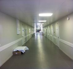 Картинки по запросу больница коридор