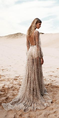 One Day Bridal 2016 Wedding Dress- oh wow this is beautiful. Don't think I'd wear it as a wedding dress, but I'd definitely wear it somewhere. Lace Dresses, Pretty Dresses, Sexy Dresses, Prom Dresses, Bridesmaid Gowns, Short Dresses, Amazing Dresses, Midi Dresses, Couture Dresses