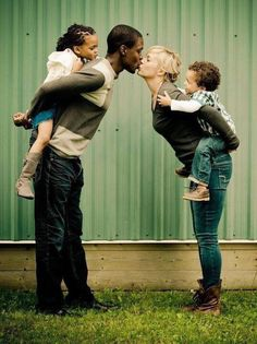 Interracial love ~ interracial couple ~ interracial family ~ Black and White ~ Biracial Interracial Couples, Familia Interracial, Happy Together, Cute Family, Family Goals, Happy Family, Mixed Couples, Cute Couples, Beautiful Love