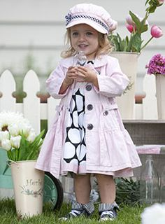 Love the hat and coat! Too cute! :)