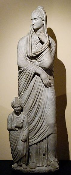 Woman and girl, Roman relief (marble), 1st century BC, (Centrale Montemartini, Rome).