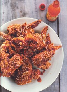 "Recipe: Crunchy Sesame Chicken Wings from ""Mad Hungry"" - Chow Bella"