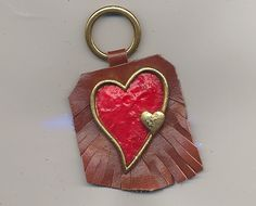 5.00$  Watch now - http://viloq.justgood.pw/vig/item.php?t=cfgf3f68286 - Handmade Leather Vintage Keyring with Hearts 5.00$