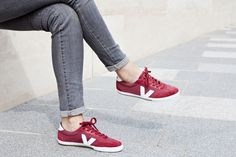 Take a look at our VEJA Volley marsala white. #veja #vejashoes #redkicks