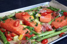 Inside a British Mum's Kitchen: Quick and Easy Oven Roasted Salmon with Tomatoes and Asparagus
