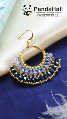 Video tutorial de PandaHall sobre los pendientes de abanico de abalorios.Intentamos hacerlos juntos.Todos los materiales pueden buscar en nuestro web. #penidentes #aros #moda #abanico #vintage #pandahall #pandahalles #bisuterias #diy #bricolaje #tutorial #creativo #manualistas #elegante #hechoamano Diy Earrings Kit, Earrings Handmade, Diy Jewelry Tutorials, Jewelry Making Beads, Silk Thread Earrings, Diy Bracelets Easy, Earring Tutorial, Beaded Jewelry Patterns, Bead Jewellery