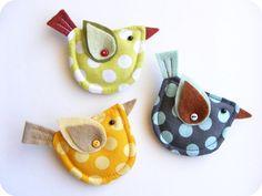 Fabric and felt bird brooch. Polka dot yellow, blue or green bird brooch