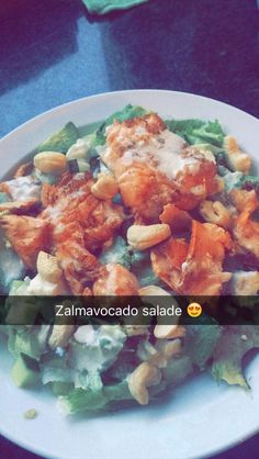Avocado zalm salade