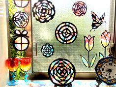 ハサミで切って貼るだけ!キラキラ光る「紙のステンドグラス」の作り方 - DIY・レシピ, 作品ピックアップ | tetote-note(テトテノート)