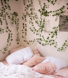 These are sometimes accents in interior decoration, sometimes elements that contribute to the balance of the room. My New Room, My Room, Dorm Room, Living Room Decor, Bedroom Decor, Bedroom Ideas, Bedroom Designs, Fall Room Decor, Bedroom Stuff