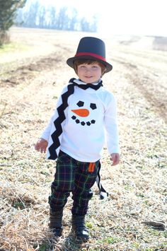 Hey, I found this really awesome Etsy listing at https://www.etsy.com/listing/113691481/snowman-face-custom-applique-tshirt-or