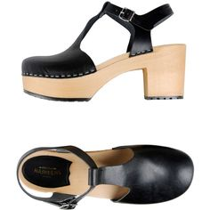 Swedish Hasbeens Sandals ($215) ❤ liked on Polyvore featuring shoes, sandals, black, black sandals, black shoes, kohl shoes, swedish hasbeens and swedish hasbeens shoes