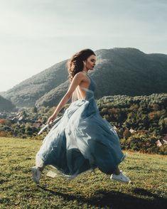#dress #paradise #blue #sky 😝#brunette #flying #field #up #instagram