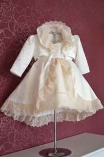 Rochita botez 002 Girls Dresses, Flower Girl Dresses, Victorian, Wedding Dresses, Fashion, Dresses Of Girls, Bride Dresses, Moda, Bridal Gowns
