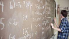 El exceso de cálculo en las aulas y la falta de conexión con los problemas cotidianos están entre las causas, según los expertos