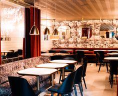 Hálfdán Pedersen. Segnatevi questo nome dall'inconfondibile aurea nordica. Si tratta di un interior designer di successo, autore di ristoranti, bar, ostelli, negozi, ma anche dei set di alcuni film islandesi. E proprio in Islanda, nella capitale Reykjavik, nasce una delle sue ultime opere: Dill Restaurant.