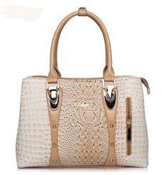 6ad77215dd8 New Handbag Version Of Lingge Smiling Face Trendy Shoulder Diagonal Package  Made In China. Luxury HandbagsLuxury BagsTote BagsFashion ...