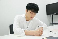 iKON ~ Junhoe