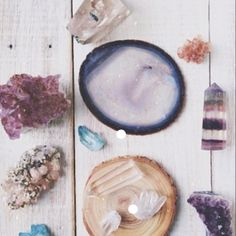 Crystals are used in feng shui in a variety of ways, all with one single goal - to create good feng shui energy in your home. #goodvibes  #higherfrequency  #knowledge  #meditation #awake  #crystals  #awakening  #awakespiritual