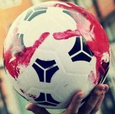 I campi da calcio delle serie minori sono sicuri? 16enne gravissimo  http://tuttacronaca.wordpress.com/2014/02/02/i-campi-da-calcio-delle-serie-minori-sono-sicuri-16enne-gravissimo/