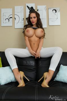 Katie Banks Serving Ur Cock Fine Hotties Hot Naked