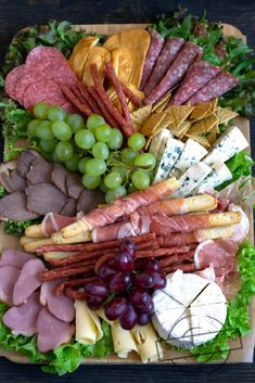 Deska serów i wędlin in 2020 Plateau Charcuterie, Charcuterie And Cheese Board, Fresh Vegetables, Fruits And Veggies, Appetizers For Party, Appetizer Recipes, Bacon Wrapped Pineapple, Relish Trays, Food Platters