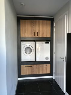 36 Fantastic Minimalist Laundry Room Design Ideas - Nobody likes having to do their laundry. It just isn't an enjoyable activity. The worst part about doing laundry is just how long it takes. If you hav. Laundry Room Cabinets, Laundry Room Storage, Laundry Room Design, Interior Design Living Room, Living Room Designs, Living Room Decor, Küchen Design, House Design, Design Ideas