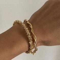 Dainty Jewelry, Cute Jewelry, Gold Jewelry, Jewelry Accessories, Fashion Accessories, Fashion Jewelry, Gold Bracelets, Jewellery Bracelets, Chain Bracelets