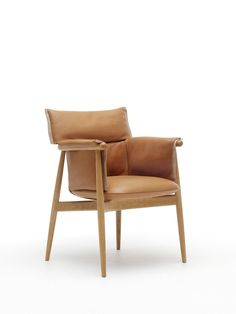 Expanding on their Embrace Series that launched with a chair, Carl Hansen & Son added the Embrace Lounge Chair, designed by Austrian design studio, EOOS.