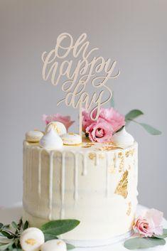 Cake Topper Hochzeit Oh happy Day, Taufe, Geburtstag, Silvester Vanilla Cake, Happy, Desserts, Wedding, Food, Wedding Cake Simple, New Years Eve, Simple Diy, Birthday