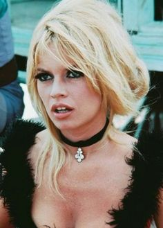 Brigitte Bardot in 'Viva Maria', Love her style! Bridgitte Bardot, Twiggy, And God Created Woman, Jane Birkin, Catherine Deneuve, Olivia Wilde, French Actress, Classic Beauty, Most Beautiful Women