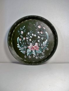 A Round Metal Tray Base Painted Green Hand by FolkArtByNancy