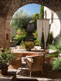 LUNARIO Gira! Italian Villas