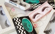 These are 10 of the best fake eyelashes brands that you should know about! These false lashes are the easiest to apply, put on and take off! Beauty Hacks Lips, Beauty Tips For Hair, Beauty Skin, Best Fake Eyelashes, Artificial Eyelashes, False Eyelashes, Best Mac Makeup, Makeup Set, Makeup Ideas