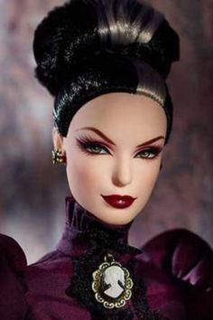 Mistress of the Manor LE Haunted Barbie Doll NEW IN SHIPPER GOLD LABEL Mattel #BARBIEMATTEL #DollswithClothingAccessories