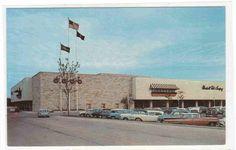 Mayfair Shopping Mall Cars Wauwatosa Milwaukee Wisconsin ... - bidStart (item 27865908 in Postcards... Milwaukee)