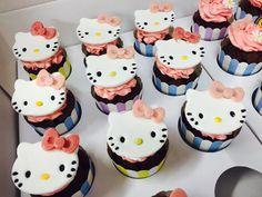 Hello Kitty:) Hello Kitty Theme Party, Kitty Party, 38th Birthday, It's Your Birthday, Sugar Decorations For Cakes, Hello Kitty Items, Sugar Cake, Mini Cupcakes, Cake Cookies