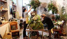 Emily Thompson Flowers: Brooklyn's Florist to the Stars Gardenista. Check out her designs, they are beyond fabulous. She designed the White House for Christmas!!