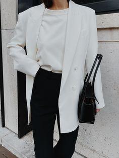 Business Casual Womens Fashion, Edgy Summer Fashion, Look Fashion, Fashion Outfits, Fashion Blogs, Fall Fashion, Fashion Ideas, Minimalist Fashion French, Minimal Fashion
