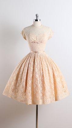 PEARL CHAPEL ➳ vintage 1950s dress  * apricot lace floral * acetate lining * detachable belt * bow accent * metal back zipper condition   excellent  fits
