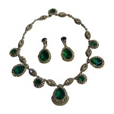 Ciner emerald green rhinestone princess necklace earrings