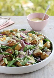 Ham and potato salad, recipe from Edmonds Cookbook New Zealand Food And Drink, Southern Style Potato Salad, Dinner Salads, Ham, Easy Meals, Favorite Recipes, South Island, Ethnic Recipes, Cloud