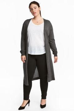 Longer cardigan in a soft, fine knit with long sleeves and no buttons. Long Cardigan, Knit Cardigan, H&m Online, Fashion Online, Kids Fashion, Normcore, Plus Size, Clothes For Women, Knitting