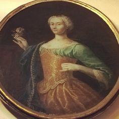 Portrait of Maria Vittoria Gonzaga wife of the Duke Vincenzo Gonzaga. Unknown XVIII cent. #BibliotecaMaldotti #Guastalla #Ig_ReggioEmilia #IgersReggioEmilia #InstaReggioEmilia #VolgoReggioEmilia #EmiliaRomagna #VolgoEmiliaRomagna #TurismoER #Archives #Archival #Libraries by biblioteca_maldotti_official