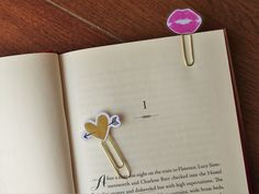 Planner Paperclips for Valentine's Day! only €2.08 on my etsy shop! click the photo to view the listing!