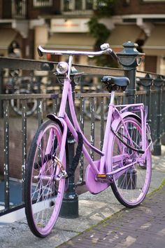 Next time I'm off to Amsterdam. This time I hope my daugther rides her own bike :)